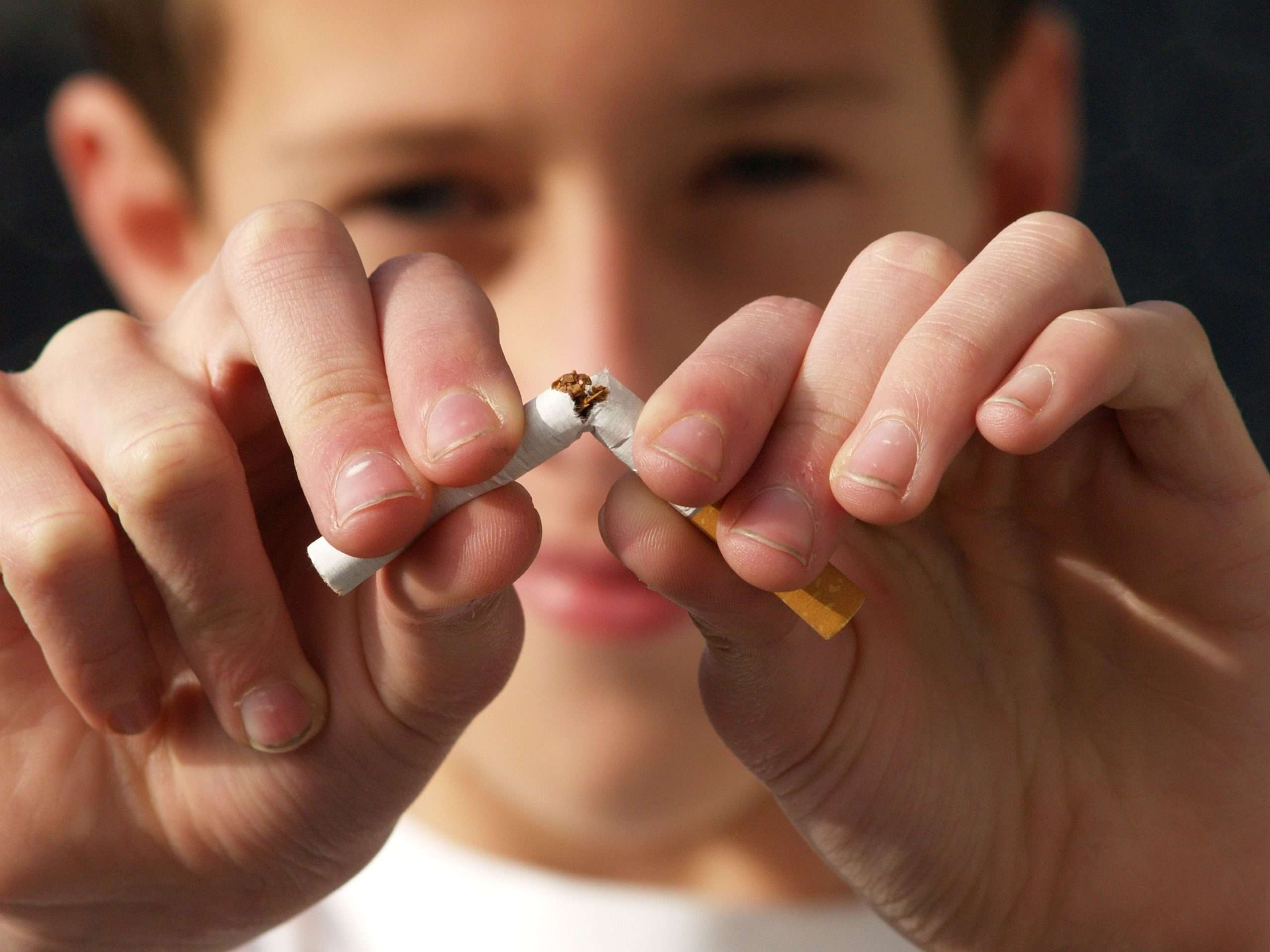 21046 Dentist | Tobacco & Your Teeth: The Risks of Chewing and Smoking